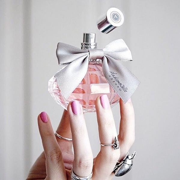 азаро мадемуазель парфюм